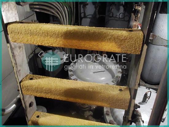 Couvre-barreaux en PRV à usage industriel