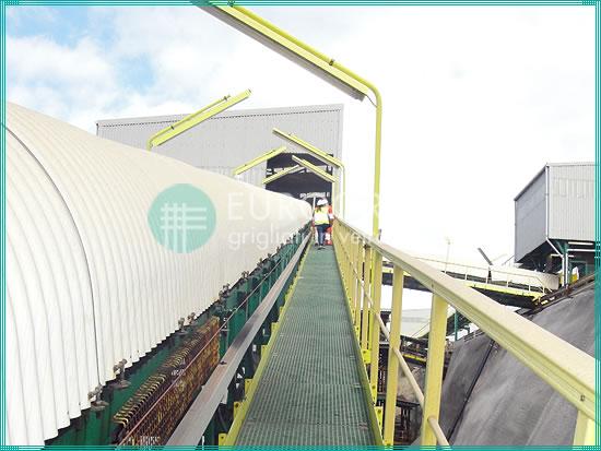 passerelles en caillebotis et garde-corps de sécurité en PRV pour l'industrie d'extraction