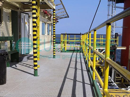 caillebotis et garde-corps de sécurité pour le secteur offshore