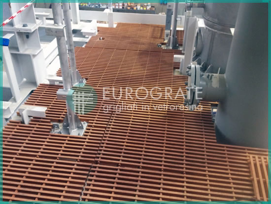 sols en caillebotis pour la sécuritédes travailleurs dans les installations pétrolières et gazières