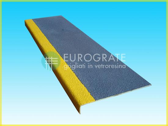 Le produit couvre-marches d'Eurograte