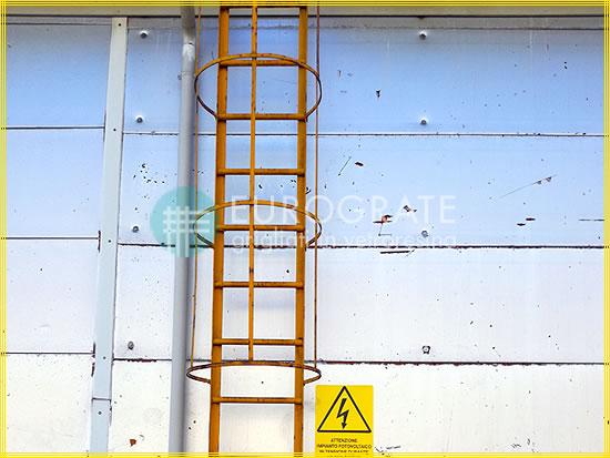 Couvre-barreaux en fibre de verre pour les échelles verticales