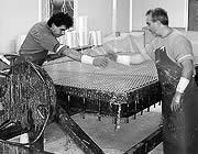 Eurograte Caillebotis ancien procédé de fabrication mais actuel dans le monde
