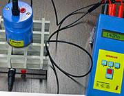 Caillebotis testés avec des instruments de mesure
